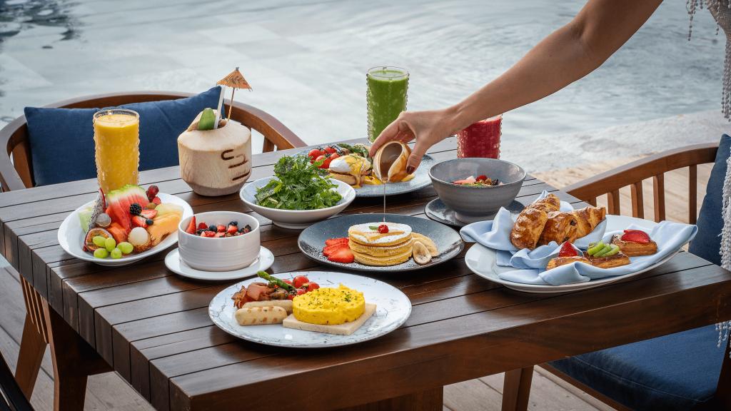 Weekend breakfast Cove Beach
